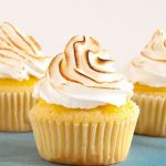 طرز تهیه کاپ کیک لیموئی با مرنگ +عکس