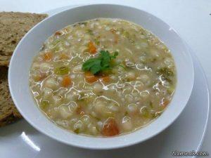 طرز تهیه سوپ جو سفید در مایکروویو