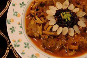 با طرز تهیه خورش خلال بادام کرمانشاهی، بی نظیرترین خورش ایرانی آشنا شوید