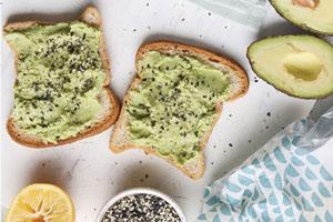 تست آووکادو صبحانه ای سرشار از پروتئین برای شروعی پر انرژی