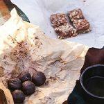 پروتئین بار شکلاتی خانگی بمب انرژی برای کودکان و ورزشکاران