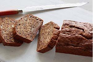 طرز تهیه نان موز کلاسیک یک عصرانه دلپذیر