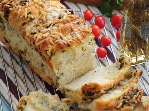 نان سیر با سبزی و پنیر