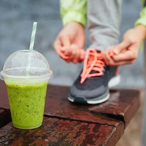 ۵ نوشیدنی پروتئین شیک خانگی و عضله ساز برای قبل از ورزش