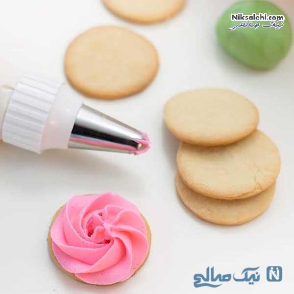 تزئین کوکی گل رز