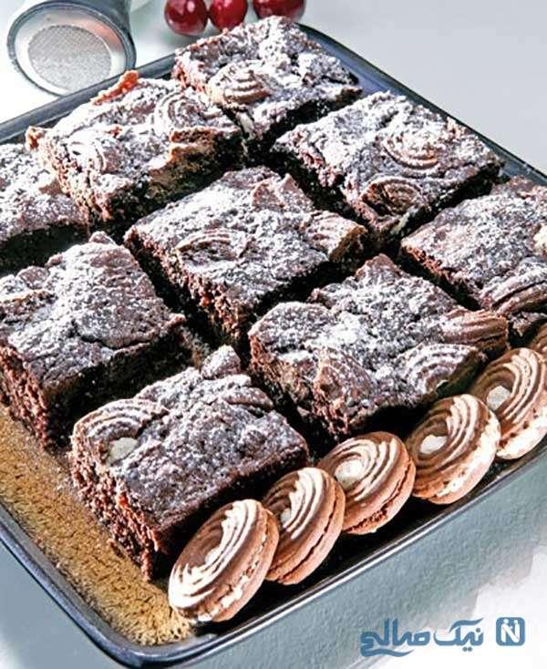 کیک شکلاتی با بیسکویت