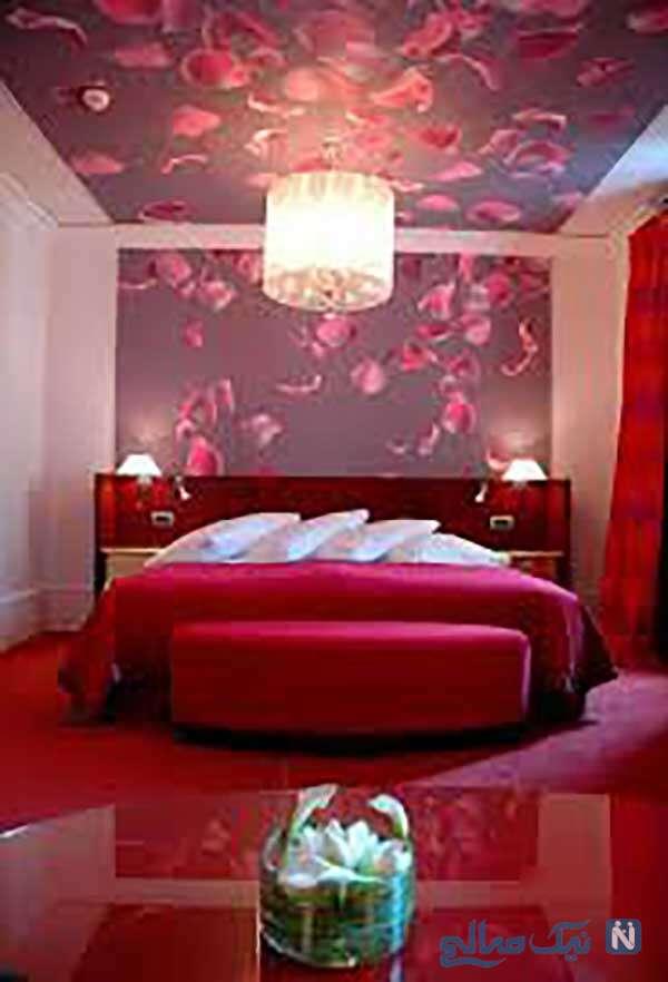 اتاق پذیرایی یه رنگ قرمز