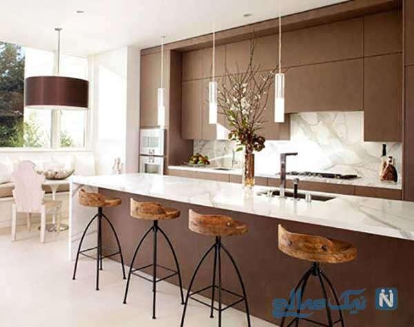 آشپزخانه را با استفاده از رنگ های قهوه ای و کرم گرم کنید