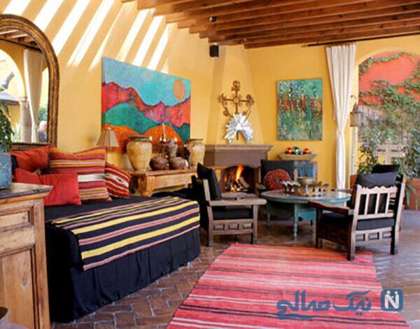 کوسنهای رنگی و فرشهای دستباف با رنگهای جیغ مهمترین بخش یک خانه مکزیکی اصیل است