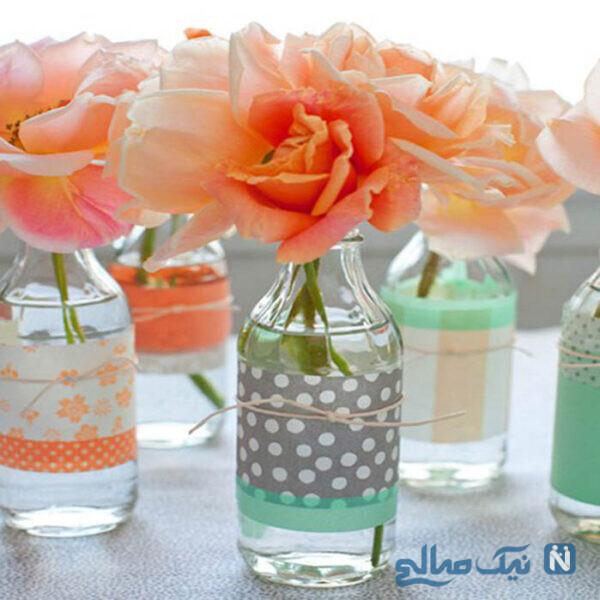 با شیشه های نوشیدنی خالی و کاغذ رنگی مانند تصویر گلدان های زیبا درست کنید