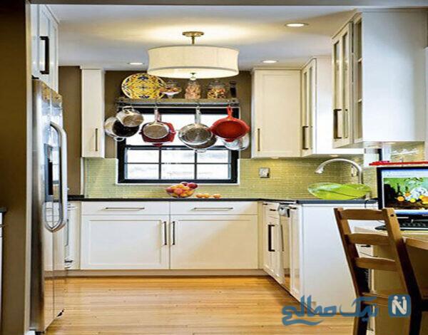 چیدمان ظروف در کابینت آشپزخانه