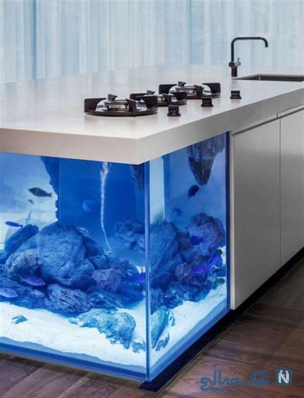 خلاقیت در دکوراسیون داخلی آشپزخانه با آکواریوم ، فضای آشپزخانه خود را دریایی کنید +تصاویر