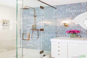 طراحی حمامی شیک با انتخاب مدل های متفاوت کاشی +تصاویر