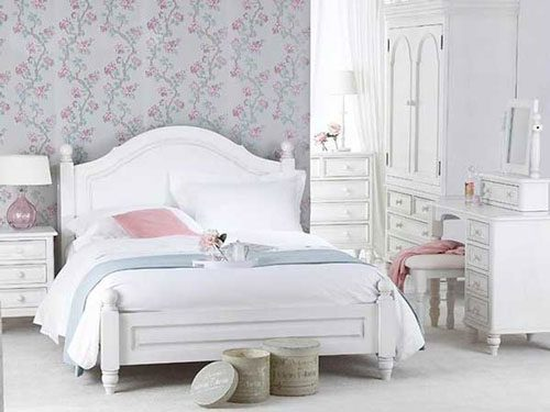 بزرگتر نشان دادن اتاق خواب