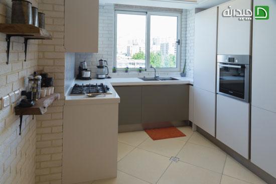 آگر آشپزخانه شما کوچک است از این ایده ها برای کابینت ها می توانید استفاده کنید +تصاویر