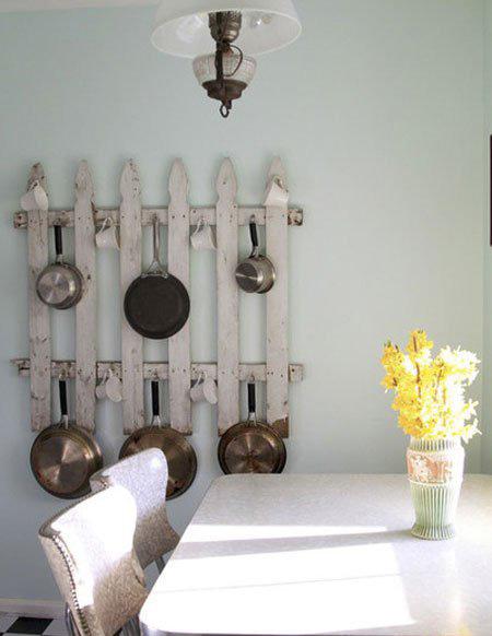 ایده هایی بسیار جالب برای قابلمه ها در آشپزخانه های کوچک+تصاویر