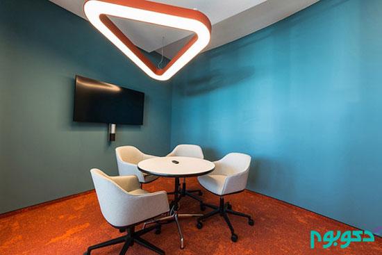 استفاده از رنگ های جسورانه در دکوراسیون داخلی دفترِ کار +تصاویر
