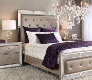 اتاق خواب ارغوانی