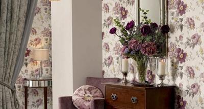 بهترین انتخاب برای زیبایی دیوارهای خانه رنگ است یا کاغذ دیواری؟+عکس