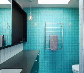 تایل های سرامیکی کوچک در طراحی داخلی حمام +تصاویر