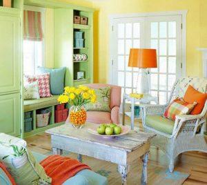 اتاق نشیمنی با رنگهای شاد