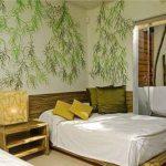 طراحی و تزیین دیوار اتاق خواب با چوب، رنگ و کاغذ دیواری + تصاویر