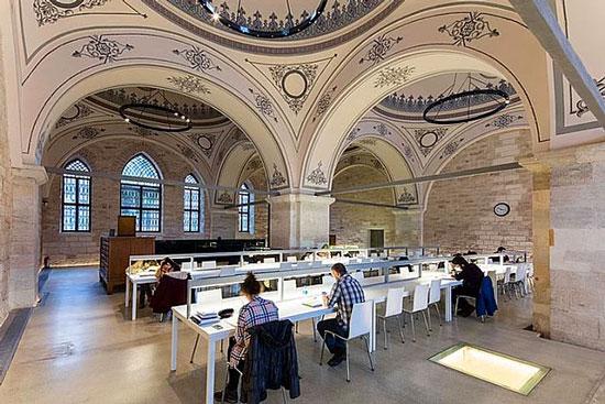 کتابخانه دولتی بایزید