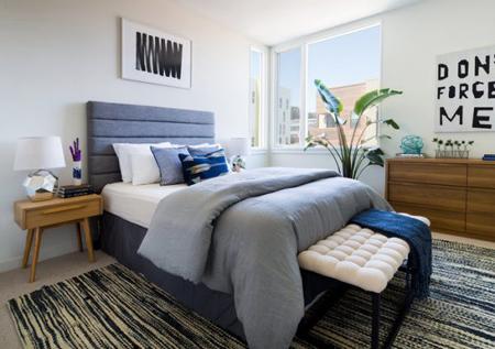 بزرگ نشان دادن اتاق خواب