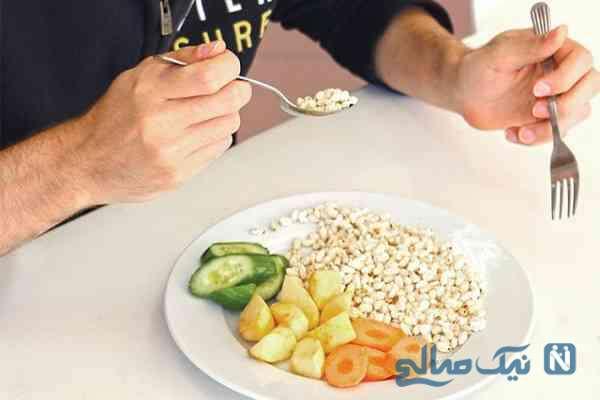 هنگام شروع غذا چه ذکرهایی مستحب است؟
