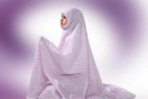 نماز خواندن با بلوز و شلوار