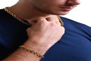 چرا استفاده طلا برای مردان حرام است؟
