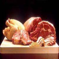 توزیع ذخایر گوشت قرمز و مرغ در آستانه روز طبیعت