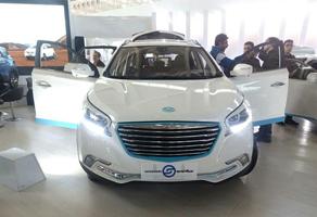 ۲ خودرو برقی چینی در راه بازار ایران