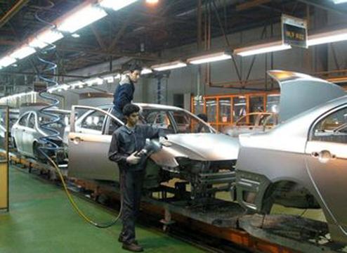 متوقف شدن تولید سه خودرو