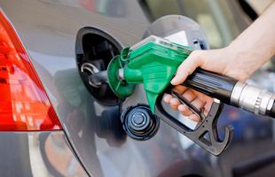 برنامه ریزی دولت برای افزایش ۶۰ درصدی قیمت بنزین