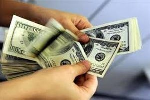 درسهای دلار پنج هزار تومانی و اولین واکنش سیف به افزایش نرخ دلار