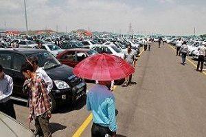 وضعیت فروش خودروهای وارداتی با جهش های قیمت دلار
