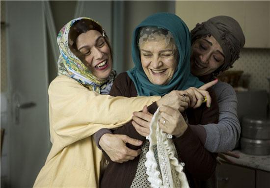 زندگی خواهر معلول گلاب آدینه!+تصاویر