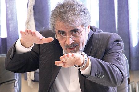 محمود مقامی بازیگر معمای شاه : ماشین ۱۰۰ میلیونی ام را فروختم!+تصاویر