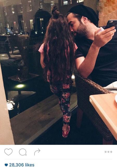 همبازی شدن بنیامین بهادری با همسرش!+تصاویر