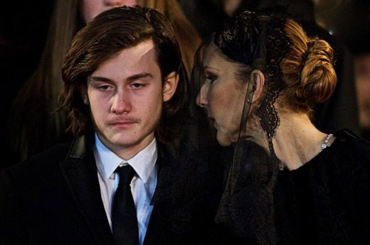 وداع سلن دیون با همسرش مراسم تدفین وی+تصاویر