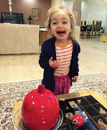 دختران بانمک دو بازیگر مشهور و محبوب در شب یلدا+تصاویر