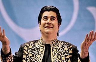 سالار عقیلی خواننده ایرانی از ماجرای بیمه شدن حنجره اش گفت!