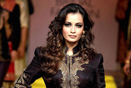 دیا میرزا بازیگر هندی فیلم سلام بمبئی آخر هفته به کشورمان ایران می آید!