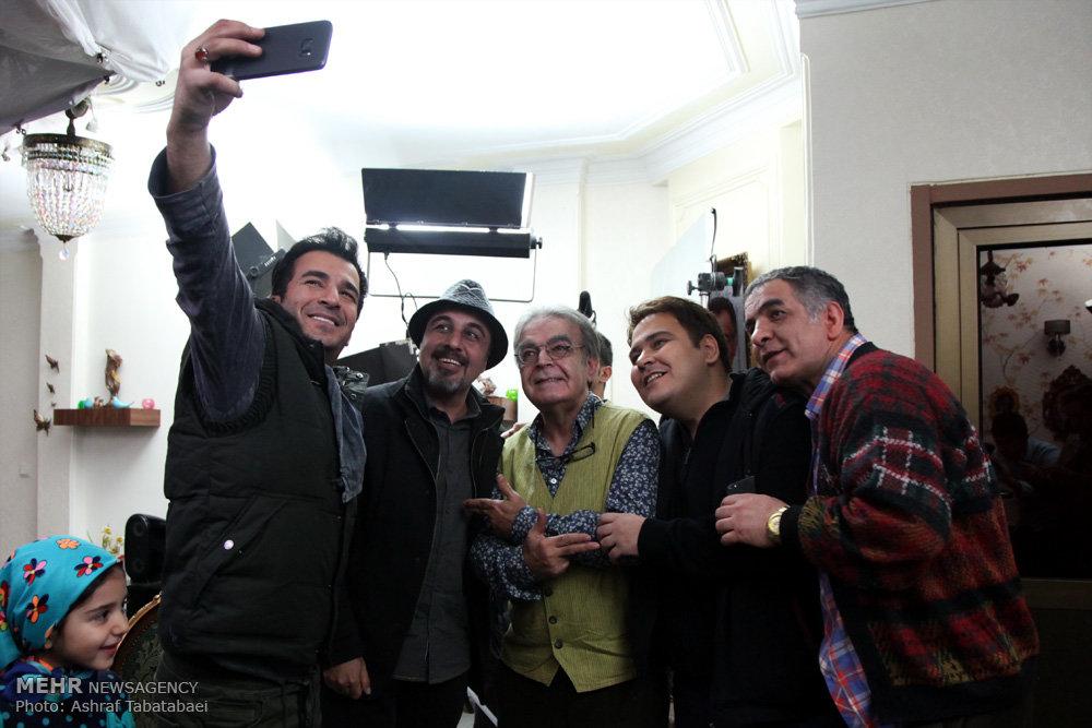 دیدار رضا عطاران با دوستان قدیمی اش در پنچری!+تصاویر