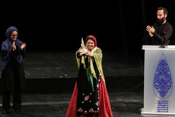 خوانندگی پروین بهمنی در جشنواره موسیقی فجر!