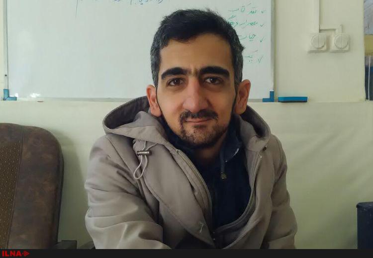 بازیگر سریال رضا عطاران که اکنون فروشنده شده است!+عکس