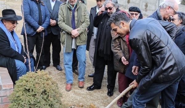 بهمن فرمانآرا : حتى یک درخت گیلاس را به عباس روا نداشتند! تصاویر