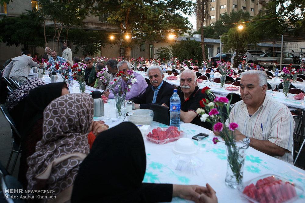 ضیافت افطاری انجمن سینما