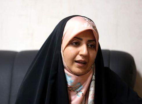 فضه سادات حسینی گوینده خبر : خدا را شکر که مادر نیستم!